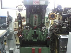UNIVERSAL SOLE PRESS MOD.TECNO2 T72AB UNIVERSAL-PROD.YEAR 1995-SERIAL 885