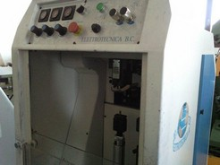 ELECTRONIC HEEL SEAT POUNDING MACHINE MOD. BCESA CB WITH HEATED ROLL AND PLATE-2010-SERIAL 10/0507/1