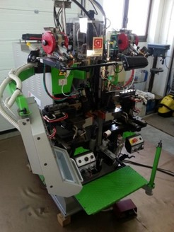 SEAT AND SIDE LASTING MACHINE MOD.MOLINA MARK 6-PROD.YEAR 2006-SERIAL NUMBER P2D/372